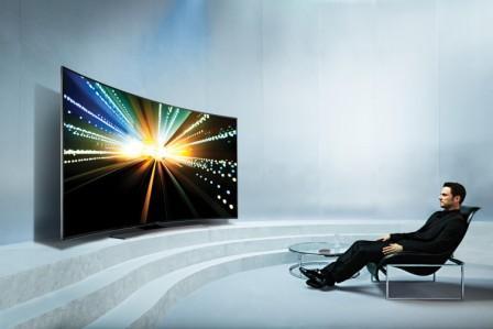 Prehnutý-televízor