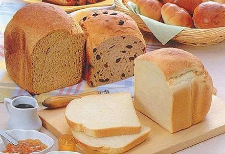 Chlieb-z-domácej-pekárne.jpg