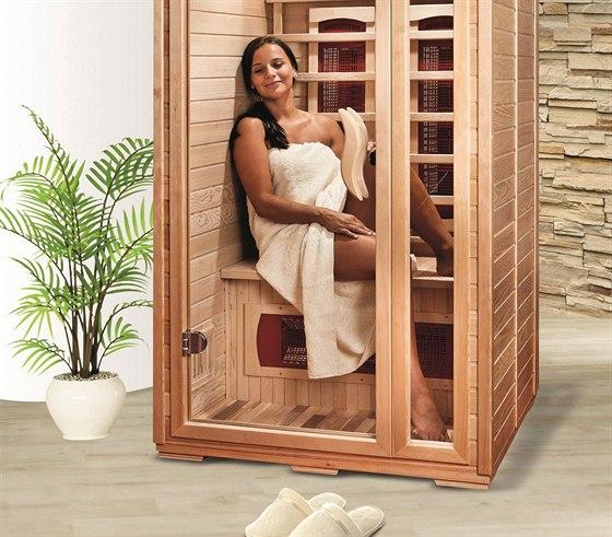 Sauna do záhlaví
