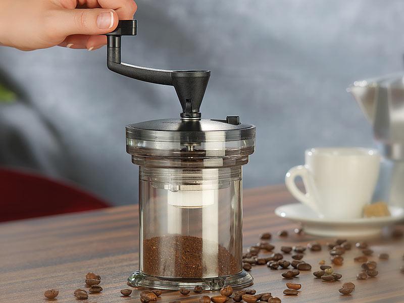 Ruční mletí kávy