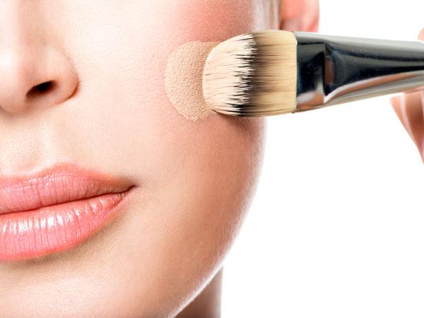 nanášení makeupu